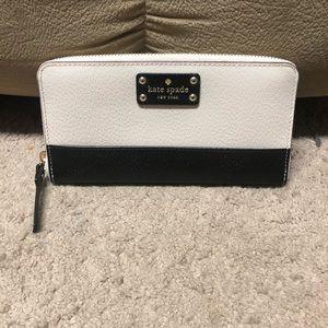 Kate Spade Wellesley Neda colorblock wallet
